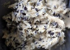 Chocolate Chip Cookie Dough by Bakerella. An entire cookbook of cookie dough recipes. No raw eggs! Eggless Desserts, Just Desserts, Delicious Desserts, Yummy Food, Yummy Yummy, Secret Chocolate Chip Cookie Recipe, Chocolate Chip Cookie Dough, Cookie Dough To Eat, Cookie Dough Truffles