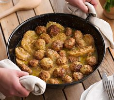 Albondigas, Sprouts, Meals, Chicken, Vegetables, Ethnic Recipes, Diet Ideas, 3, Food