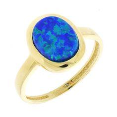"""Ak hľadáte unikátny šperk inšpirujte sa jedinečným tmavomodrým syntetickým opálom, ktorý nájdete v súprave K11.408 zo žltého 14 karátového zlata. Hladké osadenie kameňa bez zbytočných """"prizdobení"""" zobrazuje farebnú škálu a očarujúci lesk opálu v celej svojej kráse. #klenotnictvoatalovic #sperknamieru Gemstone Rings, Gemstones, Jewelry, Jewlery, Gems, Jewels, Jewerly, Jewelery"""