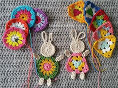 Crochet Rabbit - Crochet Bunny Applique Free Patterns: Easy and Quick Easter Bunny / Rabbit Applique and Motifs crochet pattern most free for Easter crochet decoration Easter Crochet Patterns, Crochet Bunny Pattern, Crochet Rabbit, Applique Patterns, Crochet Motif, Crochet Crafts, Crochet Flowers, Crochet Baby, Crochet Projects