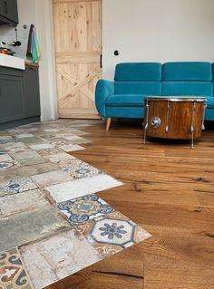 Design by Maevski Handmade Foyer Flooring, Unique Flooring, Living Room Flooring, Next Bedroom, Room Decor Bedroom, Contemporary Kitchen Cabinets, Living Vintage, Modern Farmhouse Plans, Home Room Design