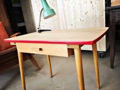 petites annonces gratuites en suisse table basse pinterest petites annonces. Black Bedroom Furniture Sets. Home Design Ideas