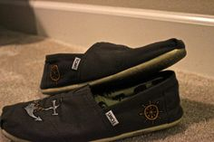 Toms with anchors. <3