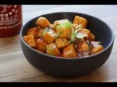 Delicious General Tso's Tofu. Vegan and delicious ! Replace Tofu with cubed chicken. Tofu Recipes, Asian Recipes, Whole Food Recipes, Vegetarian Recipes, Cooking Recipes, Healthy Recipes, Ethnic Recipes, Sauce Recipes, Recipes