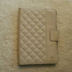 Belkin ivory iPad mini case Super cute. Has small marks on front and back Belkin Other