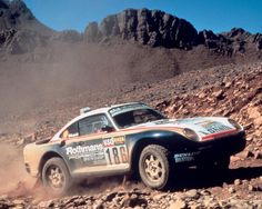 Porsche 959 rally car - Paris Dakar