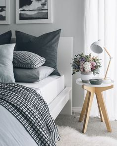 Bedroom inspiration - gray and black bedroom