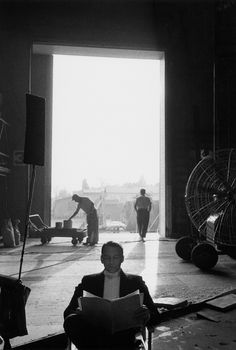 Frank Sinatra sitting in an open doorway on the Century Fox Studios soudstage, by Bob Willoughby . Frank Sinatra--Night And Day. Steve Mccurry, Patrick Demarchelier, Vintage Hollywood, Classic Hollywood, Franck Sinatra, Ideas Are Bulletproof, Fox Studios, Dean Martin, Hollywood Stars
