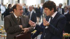 """Alessandro Besentini con Fabio De Luigi in """"Aspirante vedovo"""""""