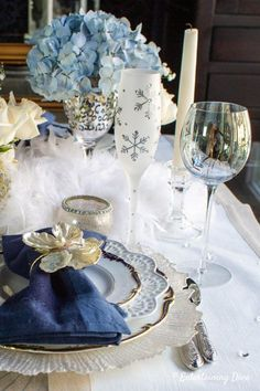 This blue and white winter tablescape is beautiful! I love the blue hydrangeas and white roses winter centerpieces. They are all gorgeous table decorating ideas that would work well for a winter wedding. Winter Wonderland Centerpieces, Winter Wonderland Party, Winter Centerpieces, Centerpiece Ideas, Table Decorations, Wedding Decorations, Vase Centerpieces, Blue Christmas, Christmas Ideas