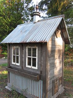 Looking for some coop inspiration before the Spring hits? This coop creator takes the old and makes it new with his coops made form refurbished materials. Do you have a creative coop? Chicken Coop Designs, Chicken Coop Plans, Chicken Tractors, Rustic Shed, Chicken Coup, Chicken Shack, Chicken Pasta, Pump House, Shed Design