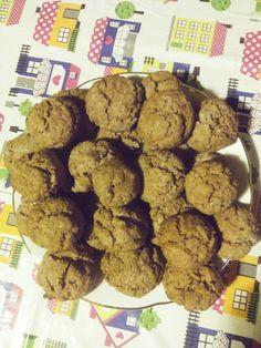 Biscotti con cocco e cacao.
