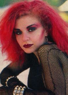 Trad goth girl from the 1980s