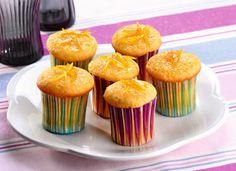 Kokosové muffiny s vůní citronu - recepty a vaření Poslirecept.cz Cupcake, Breakfast, Food, Lemon, Morning Coffee, Cupcakes, Essen, Cupcake Cakes, Meals
