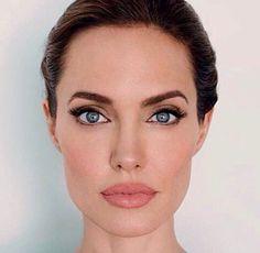 Angelina Jolie a Makeup