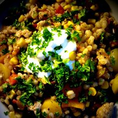 Hot kyllingegryde med perlebyg & bønner Couscous Recipes, Chana Masala, Fried Rice, Chicken Recipes, Food And Drink, Low Carb, Cooking Recipes, Dishes, Hot