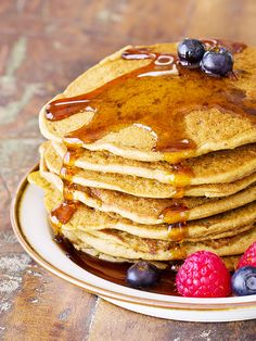 A Guilt-Free Pancake Recipe From the Tone It Up Girls via @byrdiebeauty