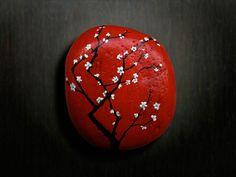 Creative Pebble Art By Keng Lye - Creativelite Pebble Painting, Pebble Art, Stone Painting, Dragonfly Painting, Rock Painting Patterns, Rock Painting Designs, Stone Crafts, Rock Crafts, Rock Flowers