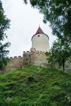 http://it.123rf.com/photo_50811665_krivoklat-castle-czech-republic.html