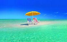 【まさに天国の海】美しすぎる幻のビーチ、ハワイの「サンドバー」 | RETRIP