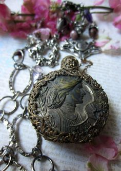 'joan's perfume' necklace by The French Circus on Etsy