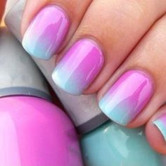 fade blue nail | Summer nail art, pink and blue nails, special effect nails ... I want this on my toes but with a teal blue and a baby blue