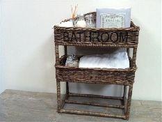 Prachtige Rieten Mand voor in de badkamer. http://www.gewoonknus.nl