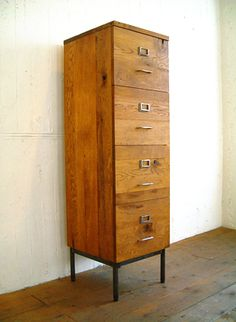 TRUCK : LIBRARY HIGH CHEST |http://truck-furniture.co.jp/shop/products_cab0003.html