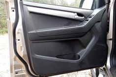 Volkswagen Amarok w porównaniu z Isuzu D-MAX Multimedia, Isuzu D-max, Volkswagen, Vehicles, Car, Automobile, Autos, Cars, Vehicle