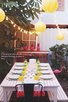 Dicas para uma decoração de carnaval tropical e com cores vibrantes: https://www.casadevalentina.com.br/blog/CARNAVAL%20TROPICAL ---------------------- Tips for a tropical carnival decorations and vibrant colors: https://www.casadevalentina.com.br/blog/CARNAVAL%20TROPICAL