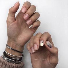 cute nail art designs for short nails 2019 page 11 125 Cute Nail Art Designs, Gelish Nails, Nail Manicure, Minimalist Nails, Dope Nails, Short Nails, Natural Nails, Nails Inspiration, Beauty Nails