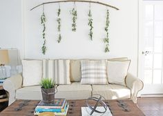 Do you have a big, blank wall you don't know how to decorate? Check out 12 affordable large wall decor ideas that are amazing solutions for your living room, bedroom and more! decor ideas for living room 12 Affordable Ideas for Large Wall Decor Decor, Large Wall Decor, Bedroom Wall Art, Wall Decor Bedroom, Bedroom Wall, Living Room Wall, Large Wall Decor Bedroom, Diy Wall, Big Blank Wall