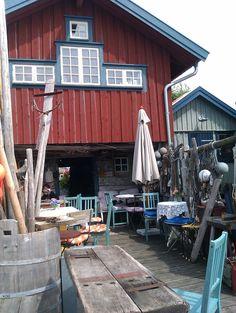 Mias sjöbod i Hällevikstrand - Café in a qaint fishing hut, Hällevikstrand, Swedish  west coast