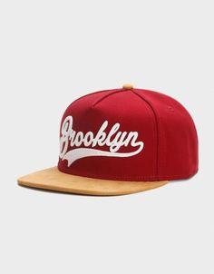 Baseball Cap Outfit, Baseball Caps, Mens Hat Store, Snapback Caps, Man Dressing Style, Hip Hop Hat, New Era Hats, Hat For Man, Brooklyn