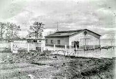 Garage de la Station Aviation (Maison Terre & Forêts) au Quai des Anglais à Roberval le 2 Juin 1928 (Tragédie du Lac St-Jean)