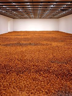 Antony Gormley's field sculptures – Everything you need to know - Darby Lummasana Abstract Sculpture, Wood Sculpture, Metal Sculptures, Bronze Sculpture, Antony Gormley Sculptures, Light Installation, Art Installations, Life Size Statues, Famous Art