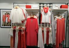 #AND #mg #road #white #with#tangerine #visual #merchandising