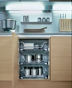Drawers are an indispensable part of planning when it comes to coordinating well-ordered workflows and movement cycles. #poggenpohl #drawers #kitchen