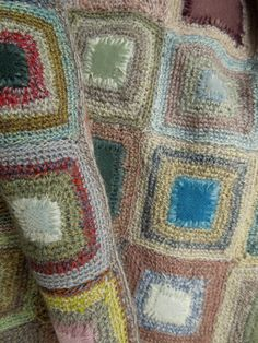 Sophie Digard crochet - Quaker Velours scarf  - Close Up