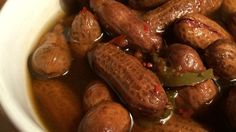 Rachael's Superheated Cajun Boiled Peanuts Recipe - Raw peanuts in their shells simmer in a salty, spicy brew flavored with crab boil, Cajun seasoning, - Peanut Recipes, Cajun Recipes, Crockpot Recipes, Cooking Recipes, Rub Recipes, Venison Recipes, Creole Recipes, Crockpot Dishes, Grill Recipes