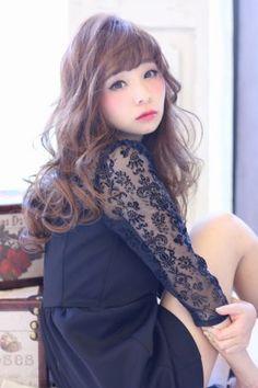 ロングカットのゆるふわヘアスタイル♡簡単アレンジで周囲に差がつく髪型に☆