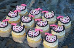 Animal print baby shower cupcakes