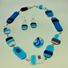 AIR. Necklace, ring and pendant. Fusing glass. Creative jewellery