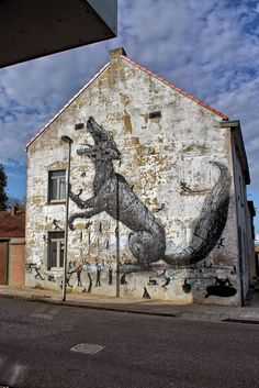 Wall paints, Muurschilderingen, Peintures Murales,Trompe-l'oeil, Graffiti, Murals, Street art.: Heerlen - Netherlands Roa