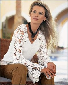 Mevsimlik bayan kazak modelleri   Motifli kolları dantel örgü bayanlar için örgü kazak modelleri     Patterned lace sleeves knit sweate...