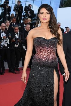 """Priyanka Chopra Photos - Priyanka Chopra attends the screening of """"Rocket Man"""" during the annual Cannes Film Festival on May 2019 in Cannes, France. - """"Rocketman"""" Red Carpet - The Annual Cannes Film Festival Indian Bollywood Actress, Bollywood Actress Hot Photos, Bollywood Girls, Beautiful Bollywood Actress, Most Beautiful Indian Actress, Bollywood Celebrities, Beautiful Actresses, Indian Actresses, Actress Photos"""