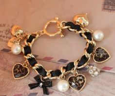 Bransoletka top charms