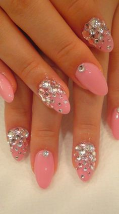 #prettynails- this pink studded nail art will add a sweet finish to any bridesmaid look ♥ Get a flawless look with #airbrush makeup here at http://thebestairbrushmakeup.com/ #beautyhack101