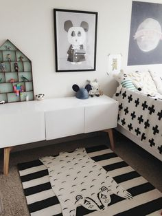 Classic black and white bedroom with pops of mint and pattern ~ 10 Lovely Little Boys Bedrooms | Tinyme Blog