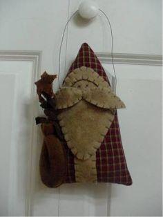 Prim santa door hanger-